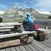 Schwarzsee im Sturm. Die Schafköttel rührten sich aber nicht. Die Wiesen wurden heute eingezäunt, damit die Schweiz wieder sauber wurde.<br />Der Blick Richtung Zinalrothorn und Trabanten.