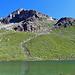 ein sehr schöner glasklarer Bergsee, der Furggasee (2510 m)