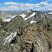 Aussicht vom Gipfel Piz Grialetsch in Richtung Piz Sarsura