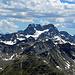 Aussicht vom Gipfel Piz Grialetsch in Richtung Piz Kesch