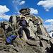 """Ich komme mir vor wie auf einem """"Königsthron"""" (dieser Gipfel wird wahrscheinlich nicht oft besucht, denn von der SAC Hütte Chamanna da Grialetsch aus bis zum Piz Grialetsch und wieder zurück habe ich keine Menschenseele angetroffen.)"""