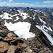 Aussicht vom Gipfel Piz Grialetsch mit dem Grat in Richtung Scalettahorn