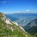 Im Anstieg zum Rappastein lohnen sich die Tiefblicke auf Vaduz