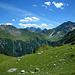 Eine herrliche Bergkulisse umgibt den Alpkessel von Gapfahl.