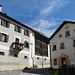alte Engadiner Häuser in Guarda