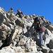 Die wackere Mannschaft strebt dem Gipfel entgegen. Streben und aufsteigen.