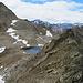 der Grat auf der Schwarzhornfurgga, - etwas weiter vorne ging ich nach links hinunter zum See.