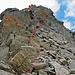der letzte Teil zum Gipfel geht leicht rechts neben dem Grat zum Gipfel hinauf