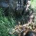 Idyllische Örtchen: hier ein kleiner Wasserfall.