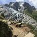 Der Weg scheint den Gletscher zu berühren