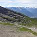 Steiler Aufstieg durch die riesige Geröllhalde gegen den Gletscher