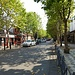 Flaniermeile in Podgorica mit Pubs & Café's auf beiden Strassenseiten