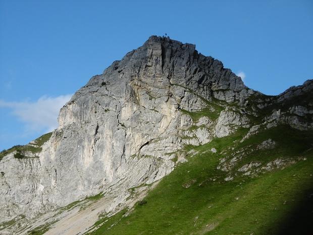 Auf diesem Berg über der Stuibenhütte war ich mal im Winter mit Schneeschuhen.