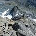 Unten der Ausstieg aus dem Gletscher, dann nach rechts um den Berg ansteigen auf diese Höhe