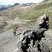 Si incontrano curiose formazioni rocciose...