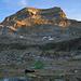 """Hinter diesem """"Berg"""" beginnt der Stichelgrat, der zum Monte Leone leitet"""