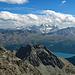 über der Berninagruppe kommen Wolken auf.