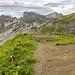 Panorama vom Sattel zwischen Kleinem Seekopf und Schochen. In Bildmitte der Schneck, rechts daneben besagter Schochengipfel.