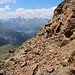 Über ein Band wich ich unterhalb des Gipfels vom Languard Pitschen in die Westflanke aus.