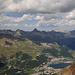 Sankt Moritz, gut erkennbar die Pyramide des Piz Ot und rechts Piz Kesch