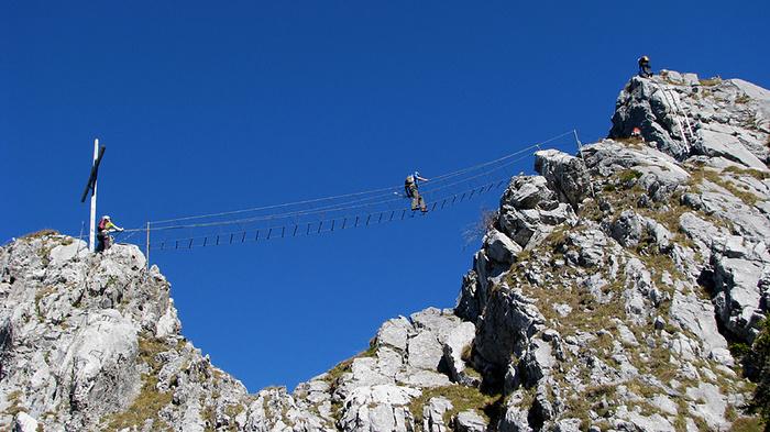 Klettersteig Brunni : Die tolle strickleiter brücke am brunni klettersteig hikr