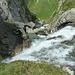 der Rein da Sumvigt stürzt sich ins Tobel hinunter