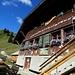 In der Alp Cernits kehrten wir ein bevor wir den Restaufstieg zum Schopfenspitz in Angriff nahmen