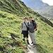 Katie und Mark, meine Freunde und Gäste auf der heutigen Tour, noch ganz am Anfang des Val d'Agnel.