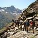 Die flotte Gruppe beim Aufstieg zu den Mischabelhütten