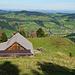 eine Alphütte auf dem Weg zum Spitzli