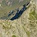 Der P.2561 befindet sich ziemlich genau in der Bildmitte, ist aber verdeckt von den begrenzenden Felswänden