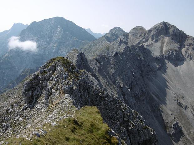Blick vom Falzthurnjoch auf den Grat zur Bettlerkarspitze.<br />