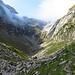 jetzt geht es durch dieses Tal zur Wagenlücke hinauf, auf diesem Teil der Strecke habe ich scheue Murmeltiere und Gemsen gesehen.