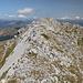 Im Aufstieg vom Dvojni Prevoj zur Dobra Kolata / Kollata e mirë - Unterwegs am Grat in Richtung Gipfel.