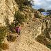 Am Beginn des Felsbandes unter dem Punta Giradili