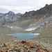 Ein kleiner See und rechts Vadret Laviner oder was noch davon übrich ist.