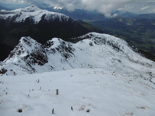 Rückblick über den begangenen Bergkamm