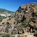 Es geht auf der Westseite des Picon wieder bergab zum Rio Trevelez