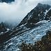 Aiguille Midi hinter dem zerrissenen Glacier des Bossons. Wer erkennt die Gondel der Seilbahn ?