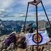 Nach 7.2km Strecke in 5 Std. & 33 Min. standen wir auf dem Gipfel des Mt. Pecmarra, auf 2468m