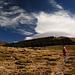Flacher Anstieg, dreiste Wolke. Sie hat aber bei dem starken Wind keine Chance.