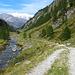 angenehm fahren wir mit den Bikes durch das Valle di Carassino