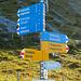 Die Klettersteige sind auf dem Wegweiser bei der Bergstation gut angeschrieben und können kaum verfehlt werden