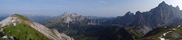Panorama Rötelstein: Tennengebirge, Bischofsmütze und Dachstein