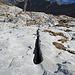beim Anstieg zur Wiss Platte hat es viele Felsspalten die immer grösser werden.