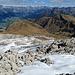 Rückblick vom Gipfel auf die Aufstiegsseite hinunter.