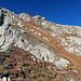 Rückblick hinauf zum Berg Stock mit meiner Abstiegsroute und der Schlüsselstelle Punkt Nr. 1. <br />[http://www.hikr.org/gallery/photo2506376.html?post_id=125915#1 Schlüsselstelle Stock]