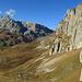 die gewaltige Felswand an der Westseite vom Graustein, der Mittelflue und dem Stock.