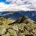 Uno sguardo verso Biasca a destra, Personico e Bodio a sinistra, cima al centro della foto il Matro, a destra la Valle di Blenio a sinistra la Valle Leventina