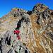 dopo la Punta Amici, la cresta si fa bella esposta ed affilata